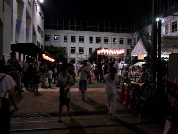 柳北踊りの会場入り口の画像。
