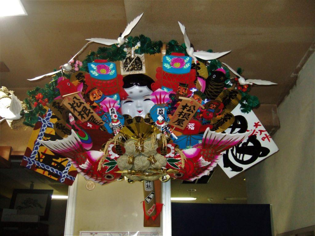 扇子・団扇の松根屋さんの熊手の画像。