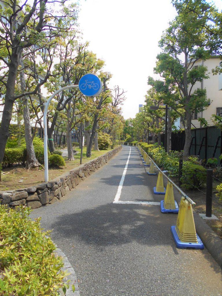 洲崎緑道公園の画像。