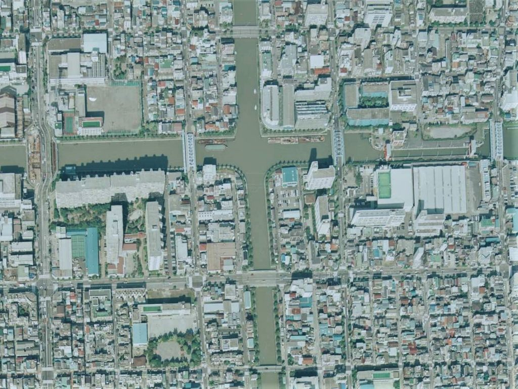 平成4年の航空写真(CKT921-C9B-12【部分】、国土地理院Webサイトより)の画像。