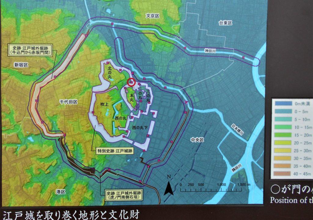 竹橋案内板の地形図の画像。