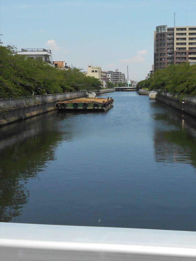 扇橋から猿江橋を望む画像。