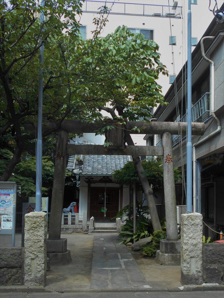 東京都台東区台東三丁目の「生駒の金毘羅」の画像。