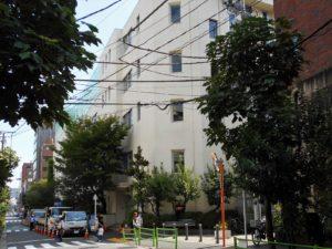 久松小学校の画像。