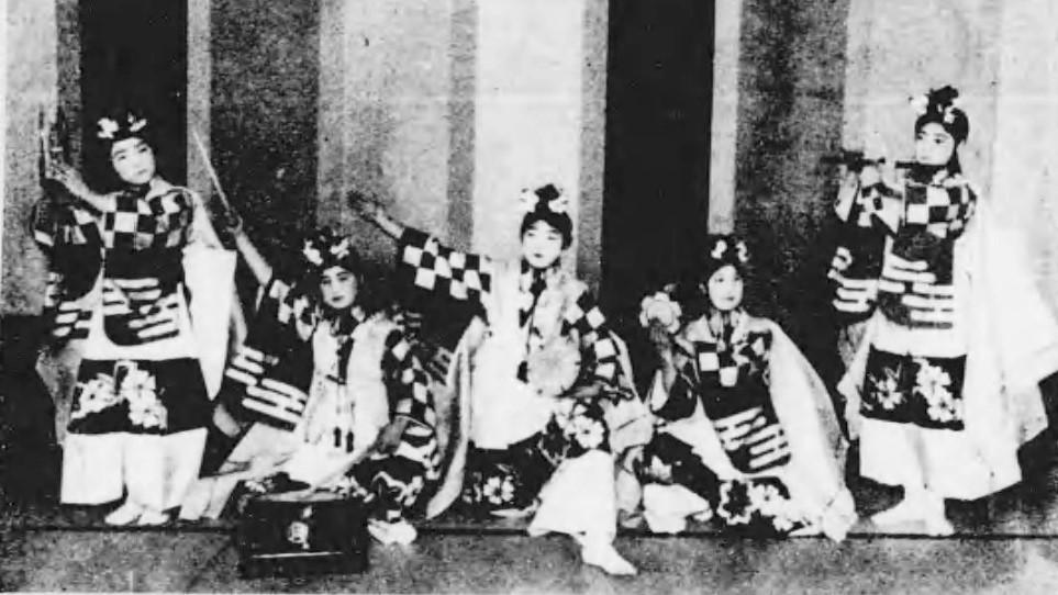 「歌劇 雛まつり」(『歌劇十曲』小林一三(玄文社、大正6年)国立国会図書館デジタルコレクション)の画像。