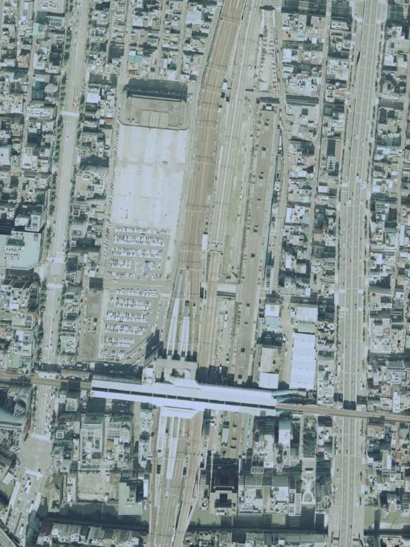 平成4年の秋葉原駅空中写真(CKT921-C7B-28)の画像。