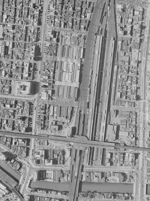 昭和38年の秋葉原駅空中写真(MKT636-C7-21)の画像。