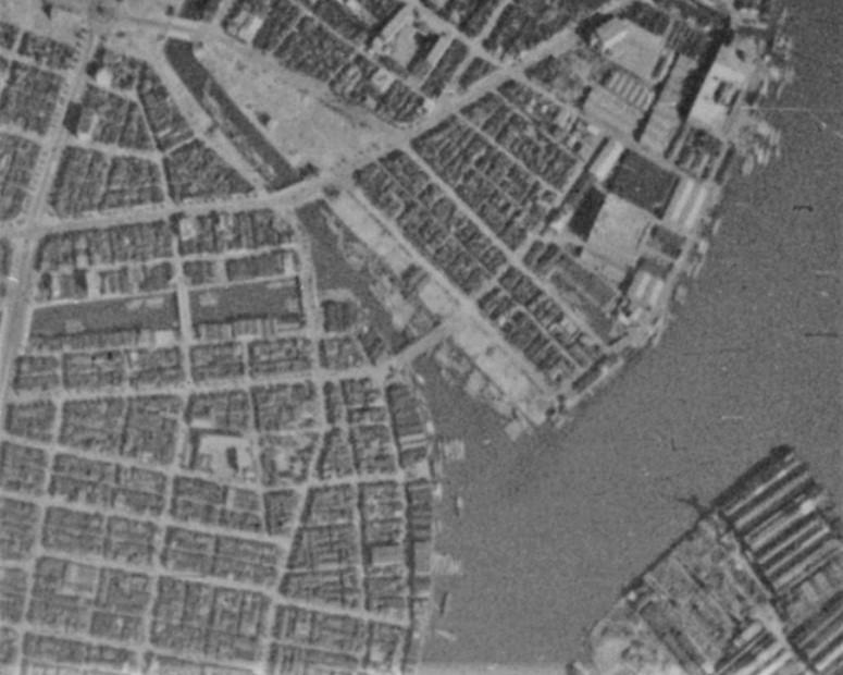 昭和19年空中写真(国土地理院Webサイトより、8910-C4-95)の画像。