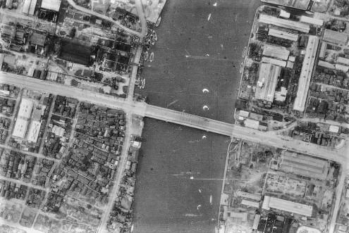 昭和22年撮影空中写真(国土地理院Webサイトより、USA-M372-152)〔部分〕 の画像。
