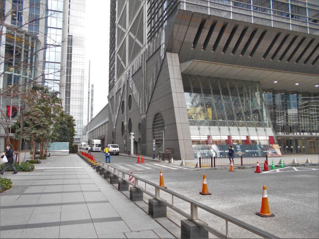スタート地点の東京駅日本橋口(北町奉行所跡)の画像。