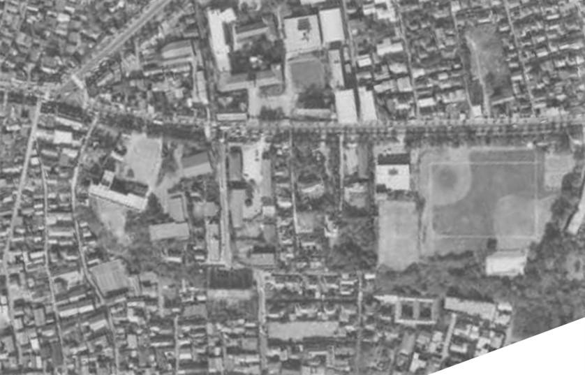 昭和46年撮影空中写真(国土地理院Webより、MKT712X-C5-5〔部分〕)の画像。