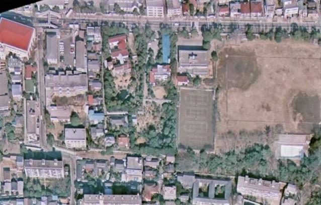 昭和50年撮影空中写真(国土地理院Webより、CKT7415-C26-27〔部分〕)の画像。