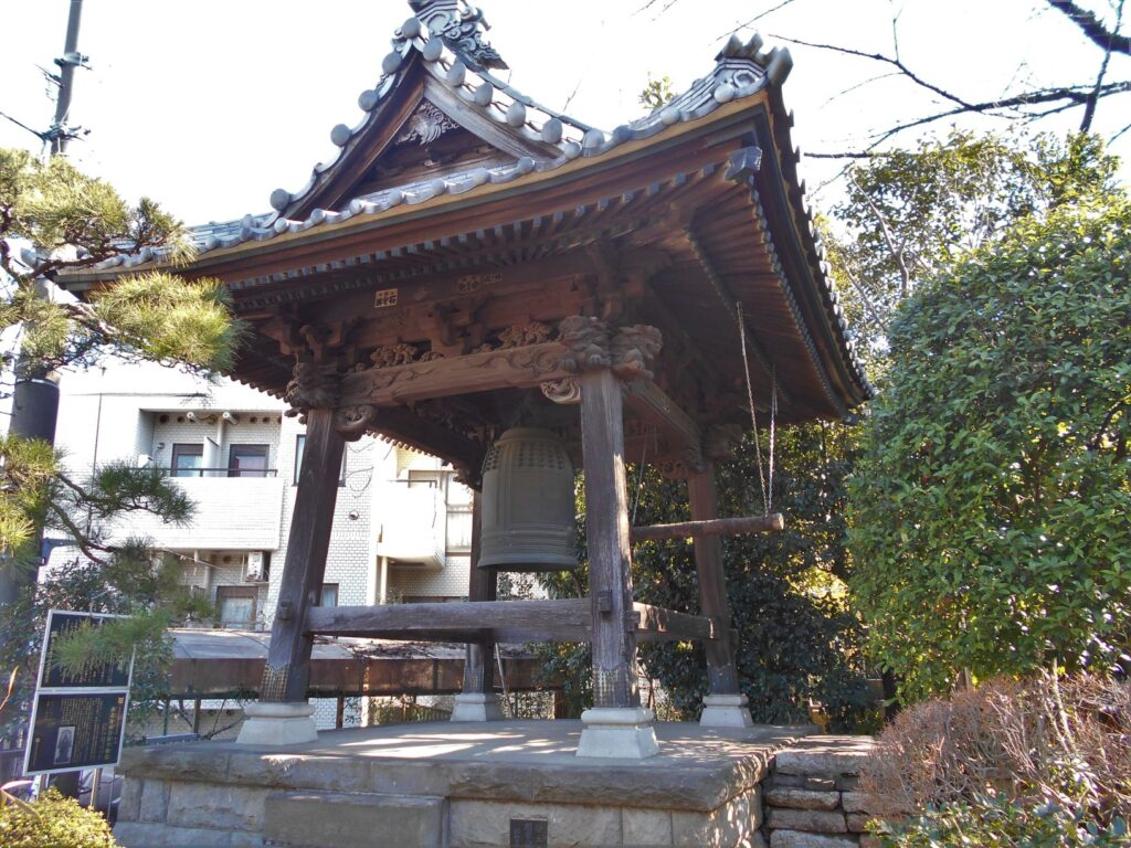 誓閑寺の鐘の画像。