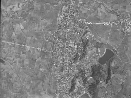 天童城下町付近、昭和31年撮影空中写真(国土地理院Webサイトより、USA-M681-2-46〔部分〕) の画像。