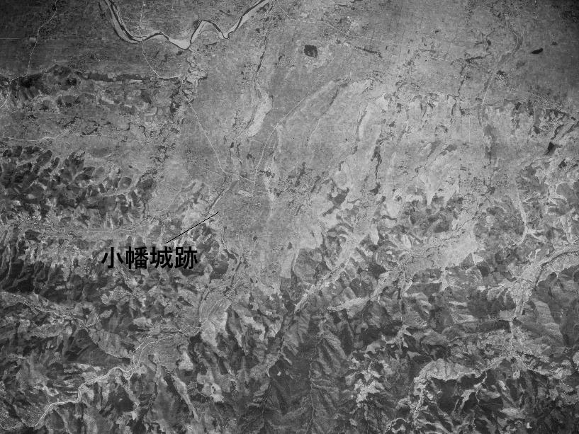 小幡付近昭和21年撮影空中写真(国土地理院Webサイトより、USA-M105-A-5〔部分に加筆〕)の画像。